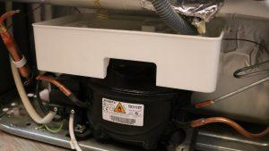 Refrigerator drain water tub